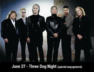 100257_Announce_3DogNight